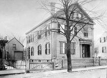 330px-borden_house_92_second_st_fall_river_massachusetts_1892